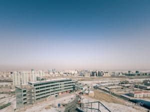 Vue sur la ville et son nuage de pollution